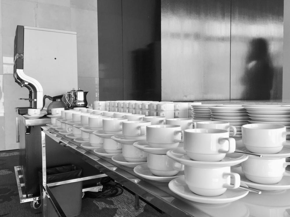 Kaffeevollautomaten mit Festwasseranschluß für hohe Ausschankmengen