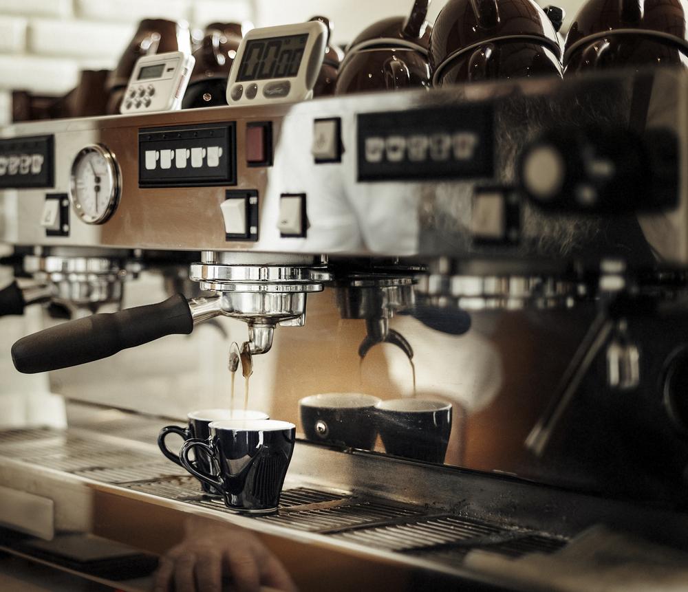 Professionelle Siebträgermaschine für Café Bars und Restaurants